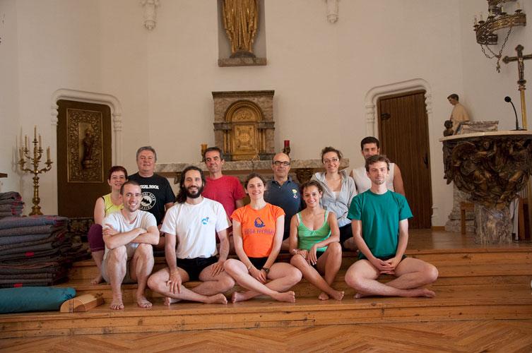 intensivo-escorial yoga iyengar sagrados corazones